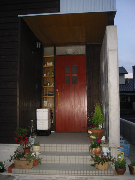 暖かい色の玄関